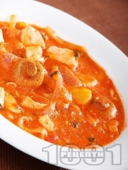 Яхния от пилешко месо, картофи и гъби - снимка на рецептата